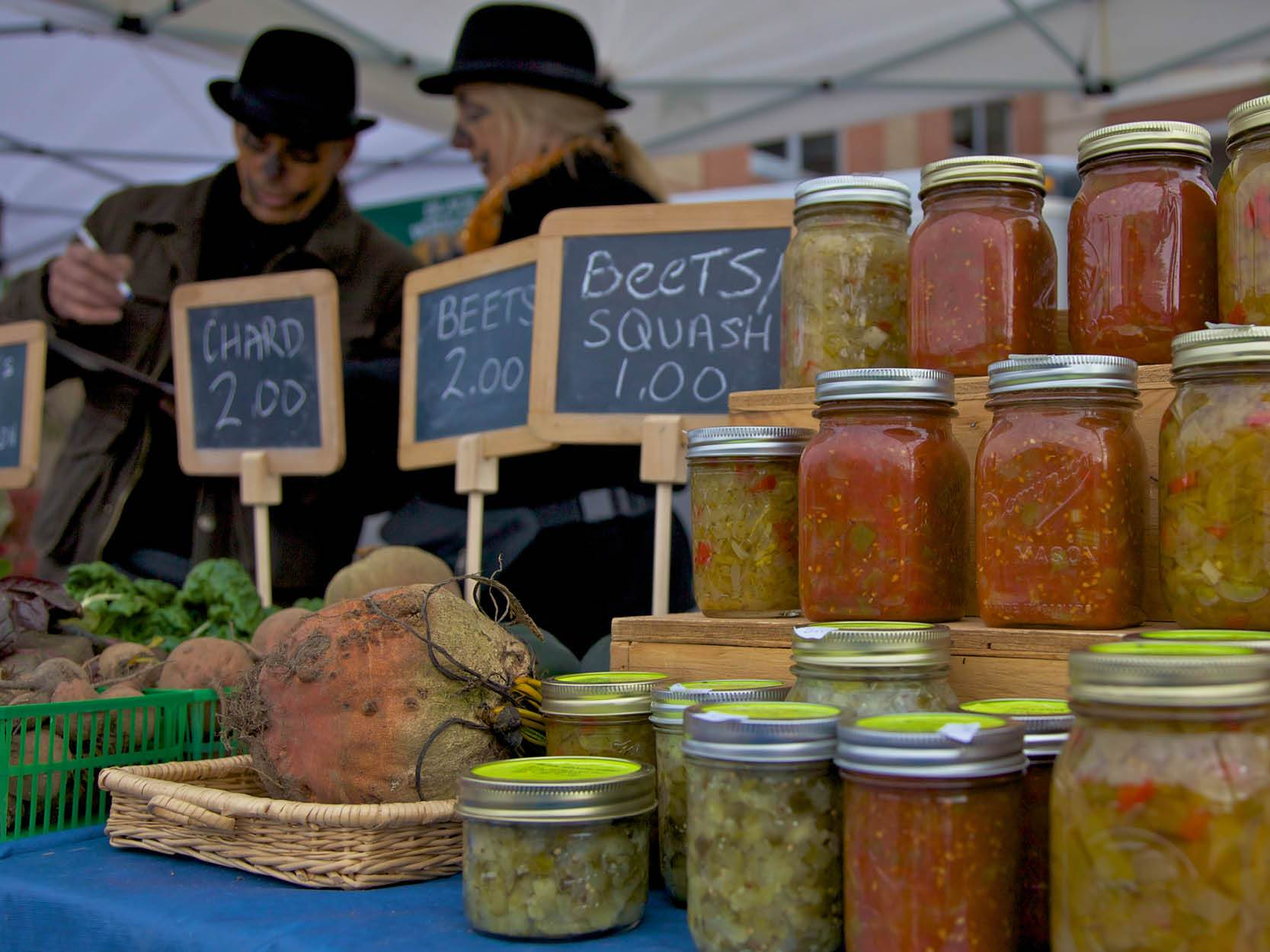 Preserves sold at a market